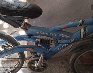 دوچرخه ۲۴ آبی نیاز به تعمیر . با تخفیف