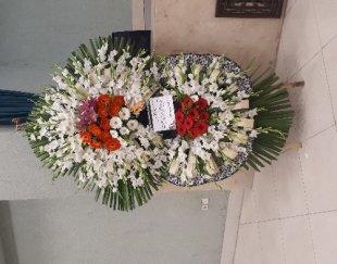 تاج گل و پایه گل برای مراسم ترحیم وتبریک
