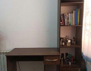 میز کامپیوتر و کتابخانه ست در حد نو