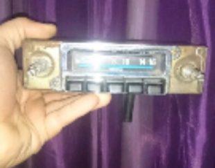 رادیو بسیار قدیمی پیکان