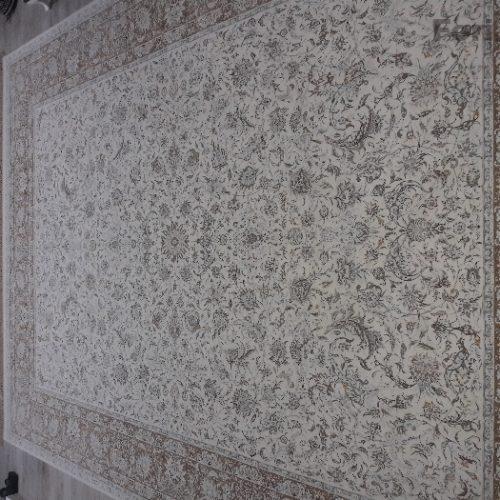فرش ۱۲۰۰شانه ۹متری،برجسته ی افشان