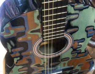 گیتار طرحدار فندر