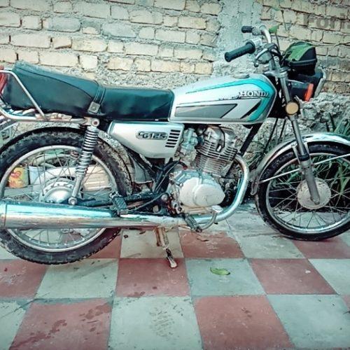 موتورسیکلت مدل ۸۱