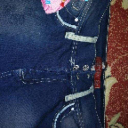 شلوار جین کاملاً نو