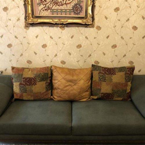 کاناپه ٣ نفره + کاناپه ٢ نفره + ٢ عدد مبل تک نفره