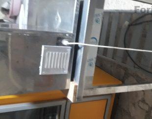 دستگاه خورد کن مرغ با میز کار فلزی
