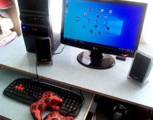 کامپیوتر قوی با تمامی لوارم