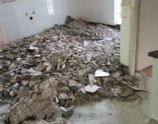تخریب کاشی کف وبدنه تخریب آرگ.اپن، کف آشپزخانه