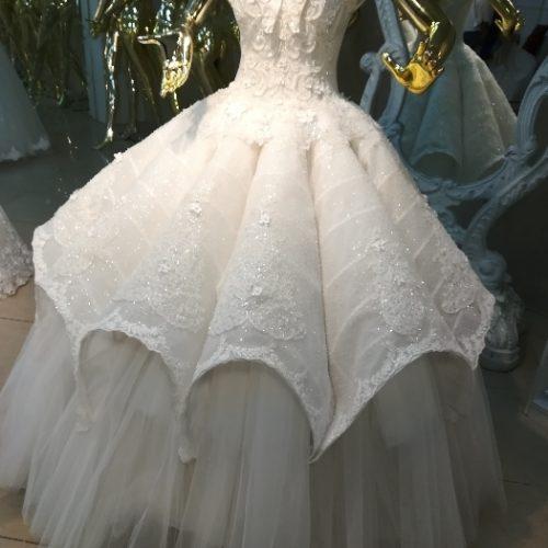 فروش تمامی وسایل مزون عروس، میناب