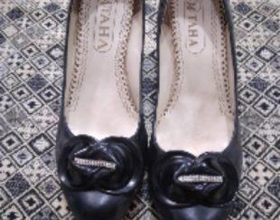 کفش زنانه سایز ۴۰ در حد نو یه بار استفاده شده