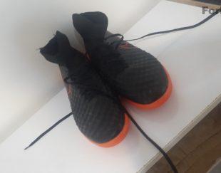 کفش ورزشی