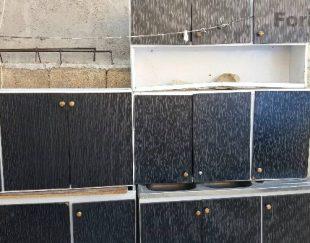 کابینت معمولی فلزی سالم زمینی با درب چوبی