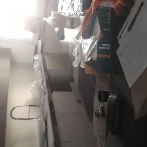 خدمات و نصب و راه اندازی و تعمیر لوازم خانگی .شیر .کابینت