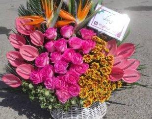 تاج گل برای مراسم های ترحیم و شادی