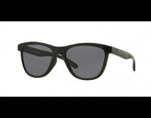 عینک OAkley