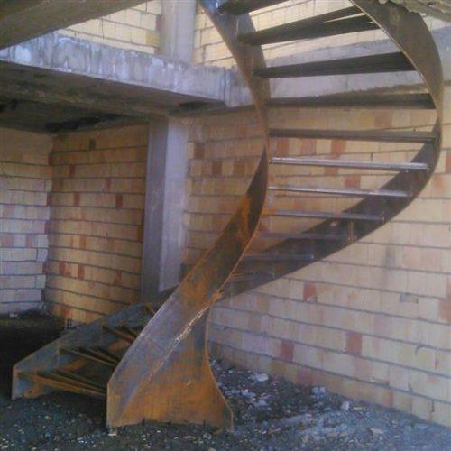 ساخت انواع پله گرد