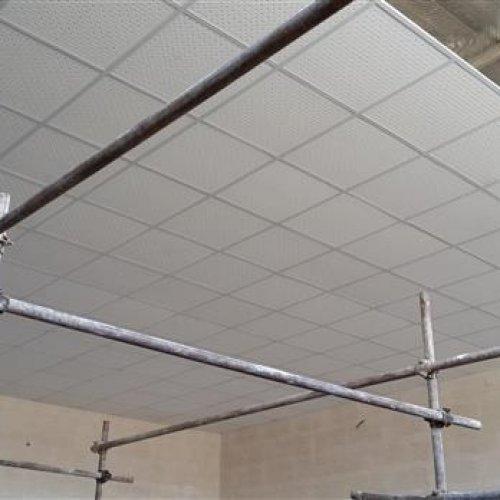 نصب سقف کاذب پی وی سی و دیوارپوش و قرنیزو کاغذ دیواری