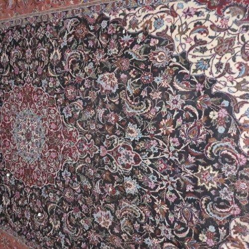 فروش فوری فرش دستبافت ابریشم