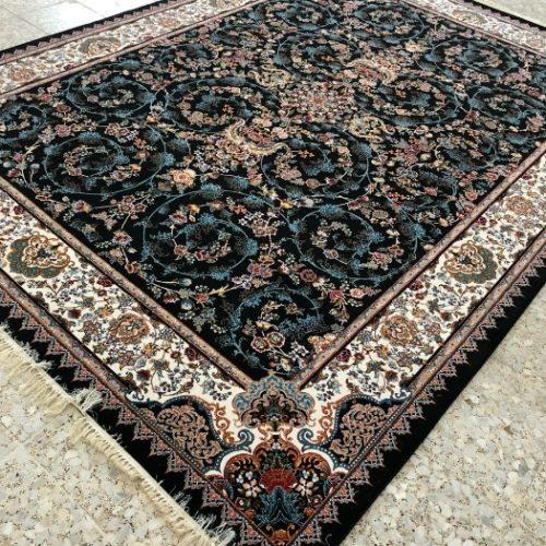 فرش ۷۰۰ شانه