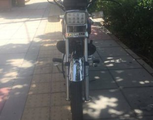 فروش موتور سیکلت هوندا ۱۵۰ پیشتاز استارتی