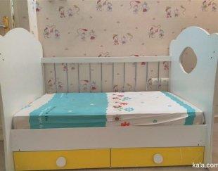 فروش فوری تخت و کمد نوزاد