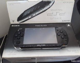 یک دستگاه PSPبدون کارکرد بافاکتورولوازم جانبی نصب بازی رایگان آک ودست نخورده