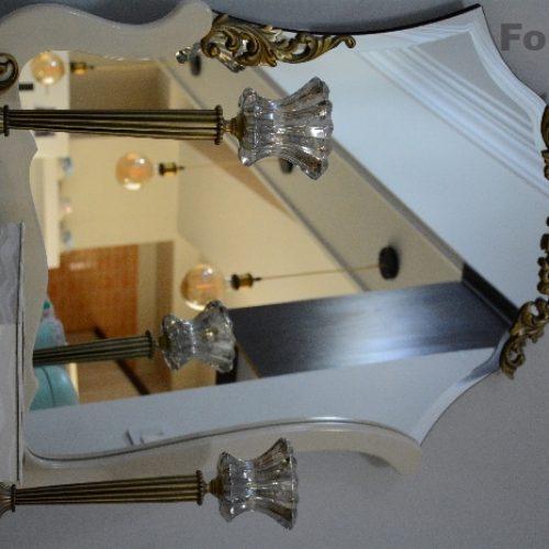 آینه و شمعدان و کنسول