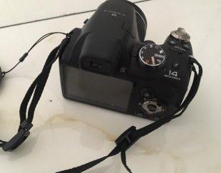 دوربین عکاسی فوجی فیلم ۱۴ مگاپیکسل