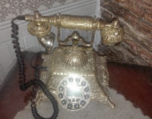 تلفن برنجی