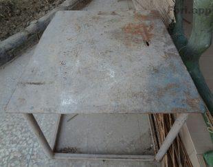 میز کار فلزی