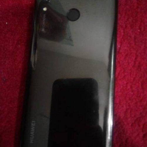 موبایل هواوی  پی اسمارت ۲۰۱۹ با باتری عالی
