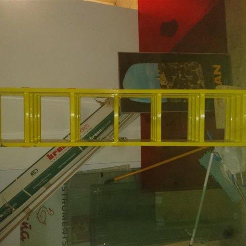 نردبان ۴ متر