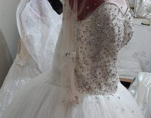 لباس عروس خودمه و یکبار پوشیده شده