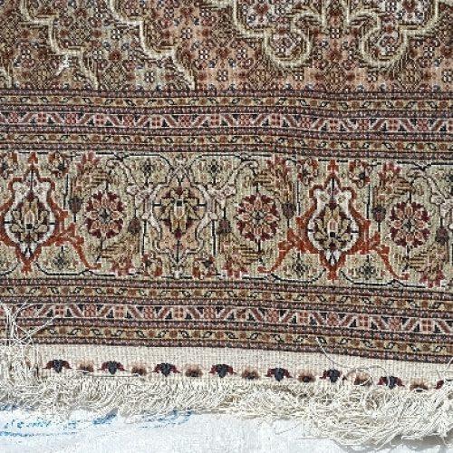 فرش دستباف ریزماهی ۴۰رج ۱۱ مدی شاخه هاشکری