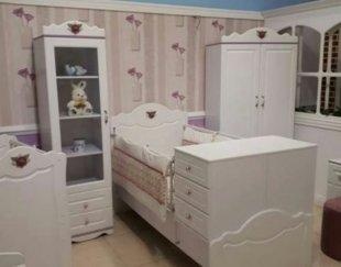 سرویس خواب سیسمونی نوزاد مدل روژان تخت کمد ویترین