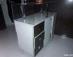 فروش یک میزMDFویک اتاق پرو.ویک میز برای سیستم وصندوق پول