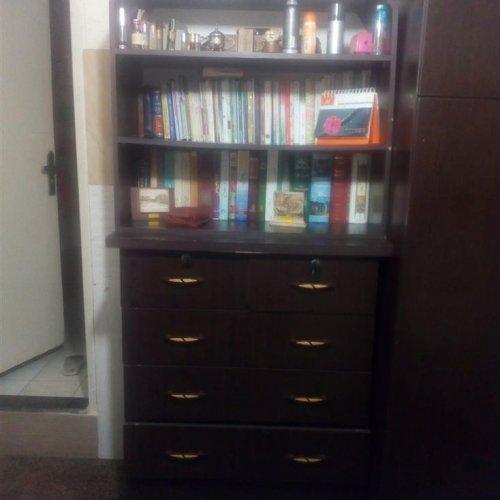 فروش لوازم چوبی – کمد رختخواب و کتاب خانه و دراور