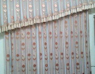 پرده حریر گلدار اتاق خواب با تمامی متعلقات